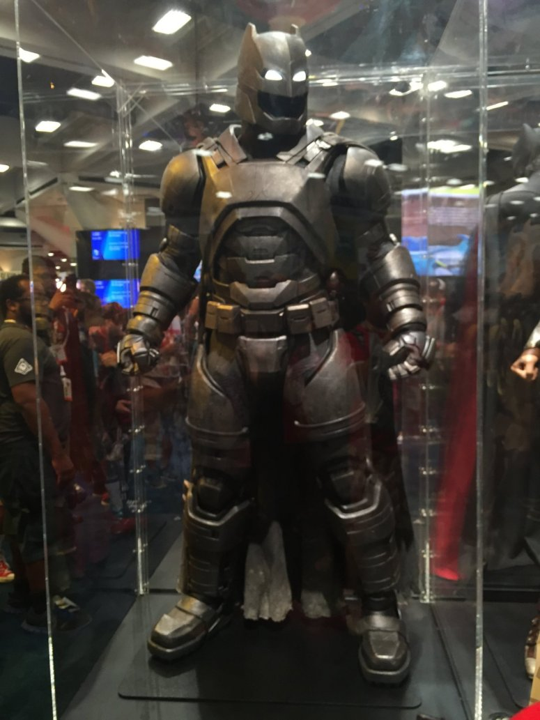 batman-armor-suit-batman-v-superman
